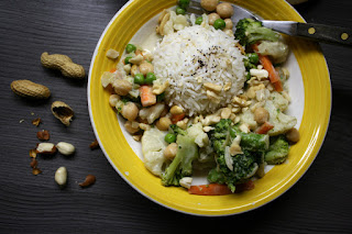 http://be-alice.blogspot.com/2016/03/peanut-green-thai-curry-vegan.html