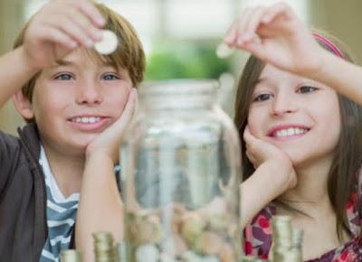 11 Cara Mengajarkan Anak Menabung Sejak Dini
