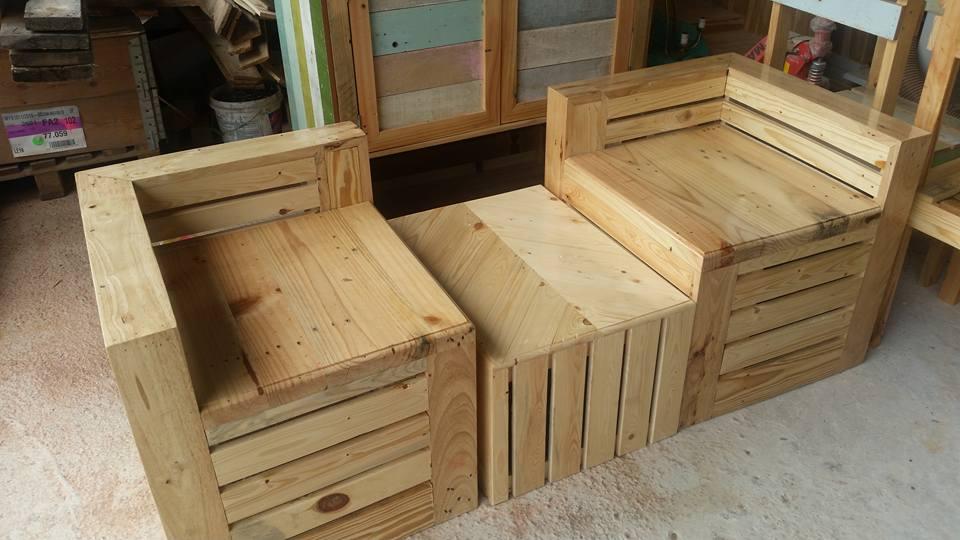 Alhamdulillah Pihak Kami Telah Banyak Menerima Tempahan Yang Inginkan Perabut Daripada Kayu Pine Wood Ini Gambar Diatas Merupakan Salah Satu
