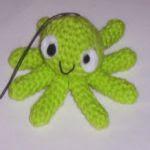 http://recetasyamigurumis.blogspot.com.es/2010/10/patron-del-pulpito-radiactivo.html