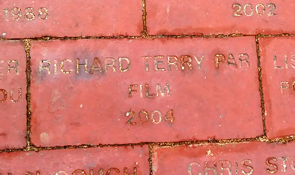 How my CSULB alumni brick, which I got engraved back in early 2005, looks today.