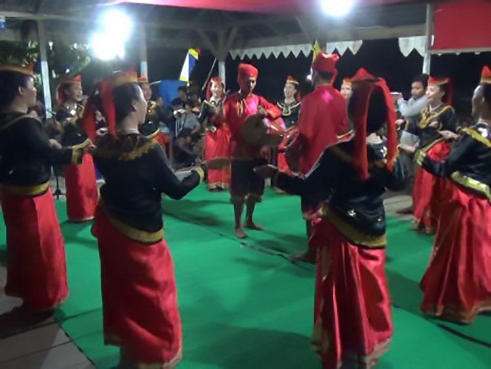 Tari Dero, Tarian Tradisional Asli Sulawesi Tengah