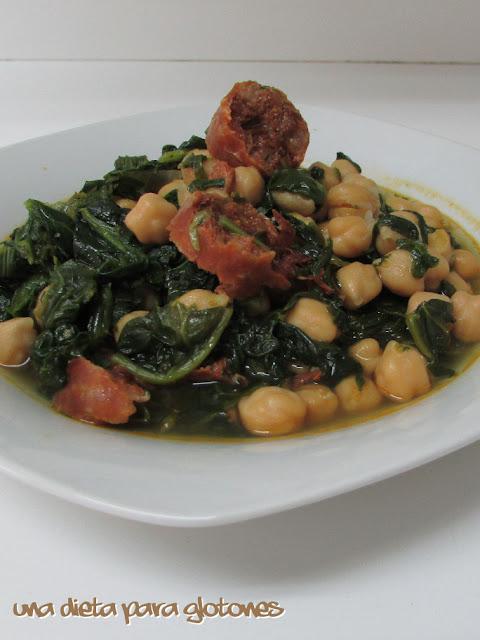 Garbanzos con espinacas y chorizo (en slow cooker)