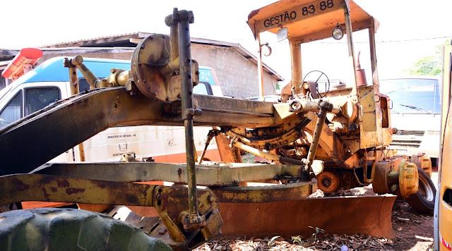 Iretama: Prefeitura fará leilão de veículos e máquinas inservíveis
