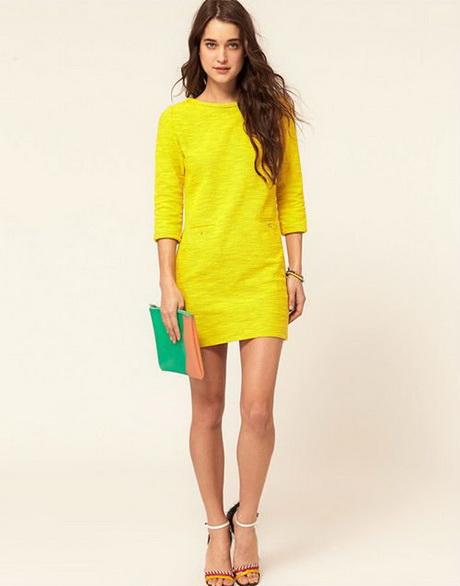 vestido de moda corto amarilo