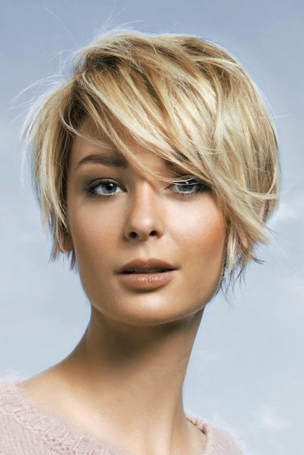 Model Rambut Pendek Wanita Seperti Pria