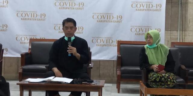Dokter RSUD Garut: Setop Hubungan Suami Istri di Tengah Pandemi Corona