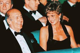 وفاة رئيس فرنسا السابق جيسكار ديستان Ex-President of France Giscard d'Estaing dies