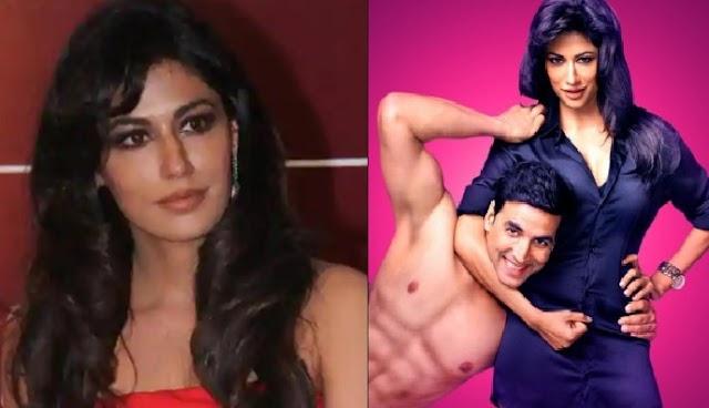 जब अपने ही सवालों जवाब अक्षय कुमार से सुन इस अभिनेत्री को उतारने पड़े थे कपड़े, देखें तस्वीरें
