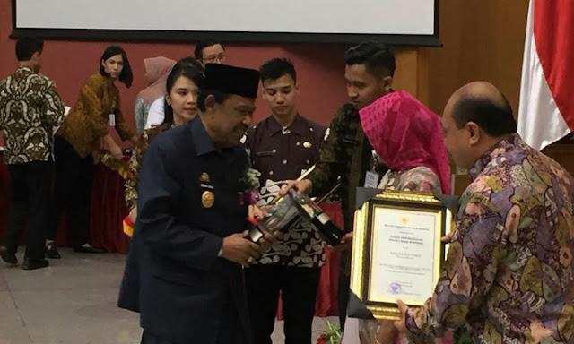 Sinjai Raih Penghargaan Kabupaten Sehat 2017