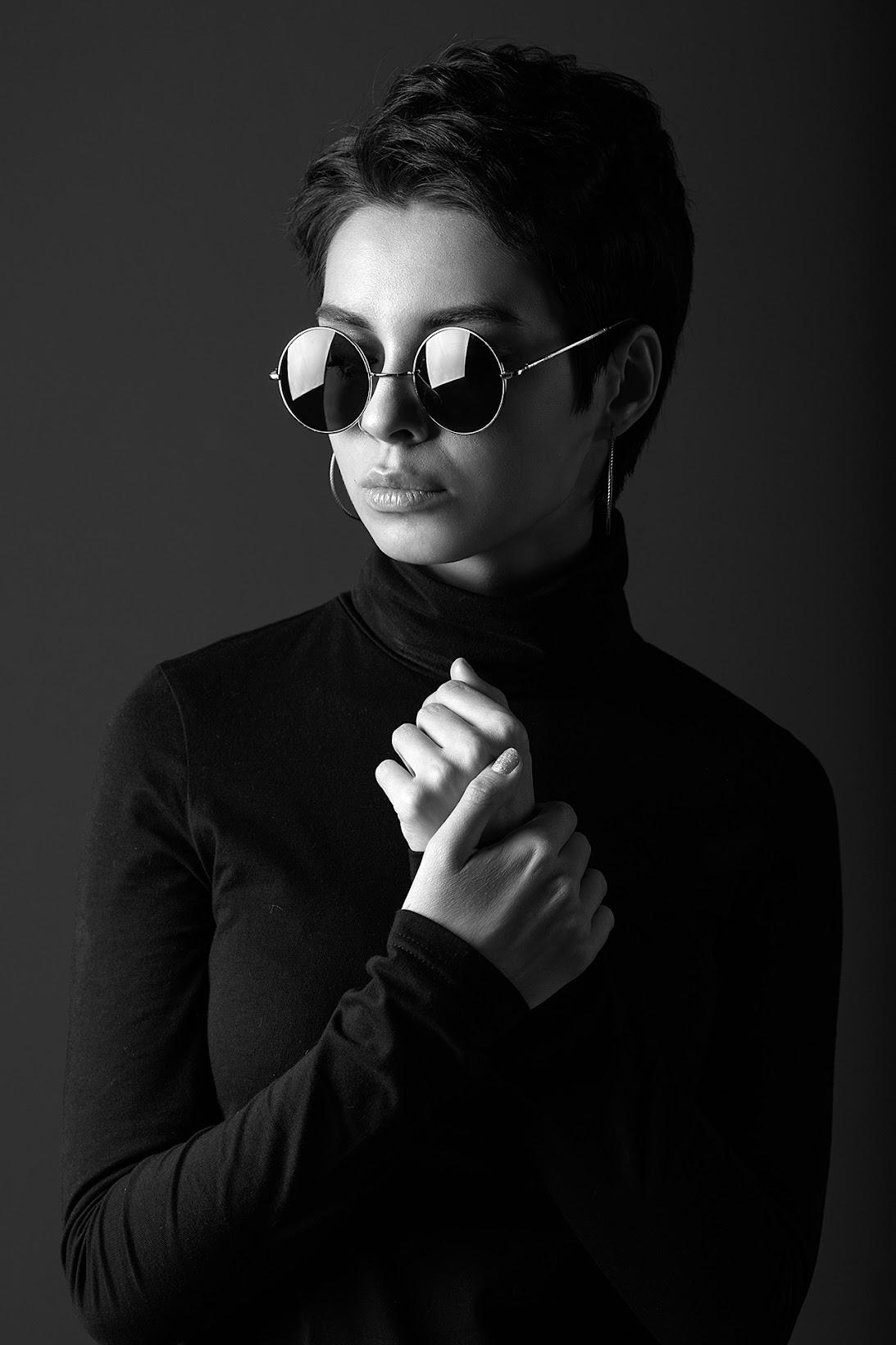 Таня Frost. ЧБ портрет