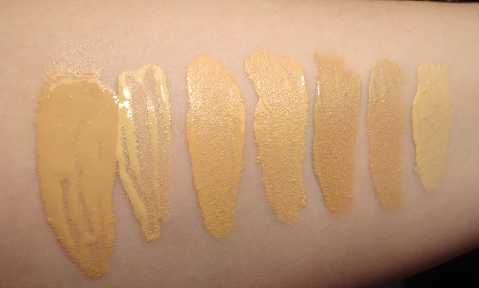 Renergie Lift Antiwrinkle Lifting Foundation by Lancôme #7