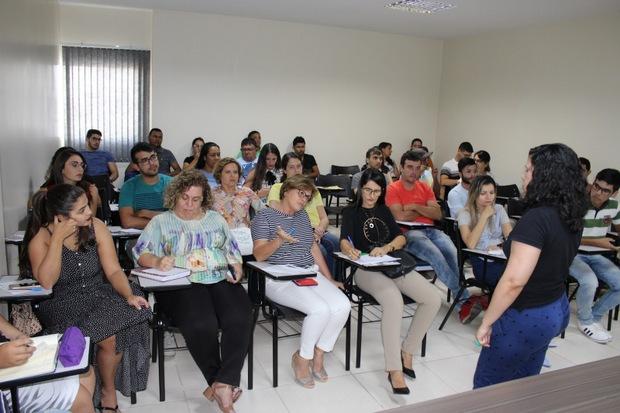 Em parceria com a CDL, Câmara de Vereadores oferta a funcionários oficina de Escrita para Redes Sociais