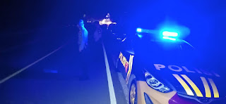 Pastikan Situasi Kamtibmas Aman Personel Polsek Alla Polres Enrekang Lakukan Patroli Blue Light