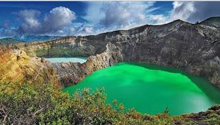 Objek Wisata Unik Di Indonesia