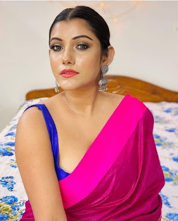 indian aunty beautiful images Navel Queens