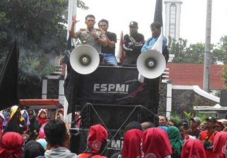 Buruh Mau Demo Lagi, Kapolres Subang: Coba kalau Berani, Besok Demo Saya Bubarkan!