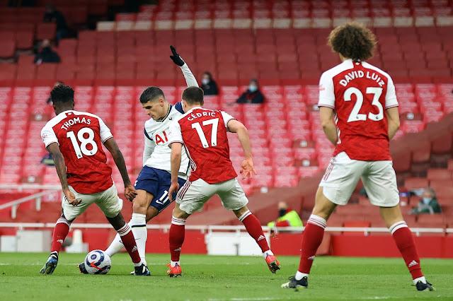 Tottenham's Erik Lamela scores stunning Rabona goal against Arsenal