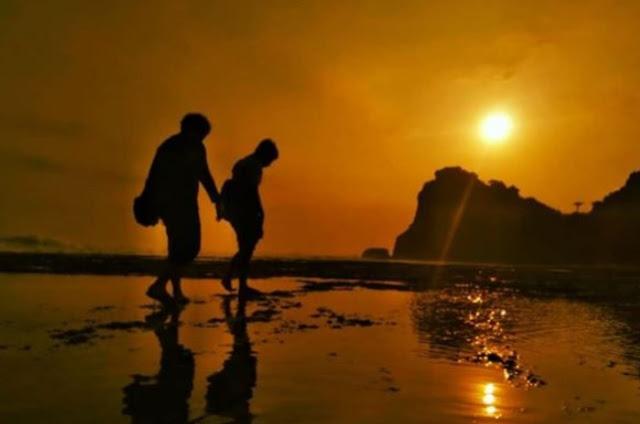 sunset-pantai-ngobaran