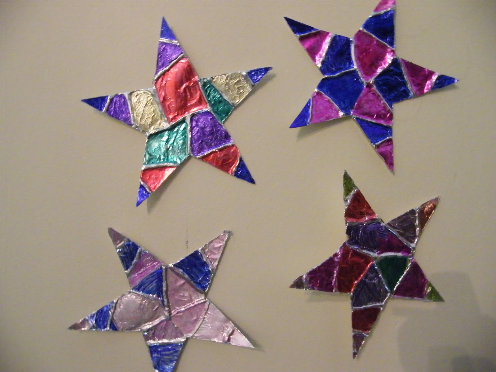 Five Easy Preschool Star Crafts That Will Bring a Shine to ... |Star Art Projects For Preschoolers