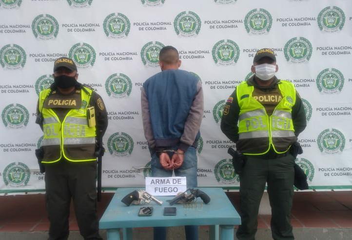 hoyennoticia.com, En Maicao atracadores se enfrentaron a tiros con la Policía