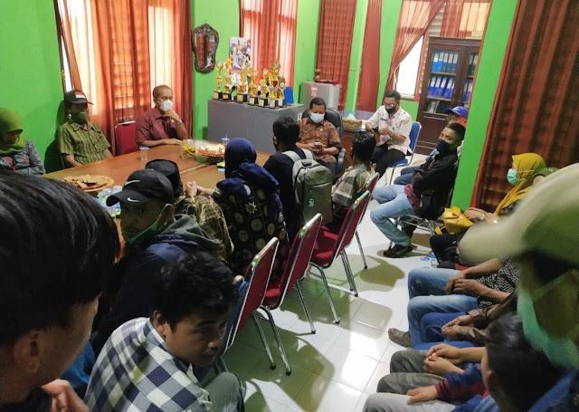 Puluhan Masyarakat Sinjai Borong Sambangi DLHK Nyatakan Dukungan Pembangunan Bumi Perkemahan Tahura