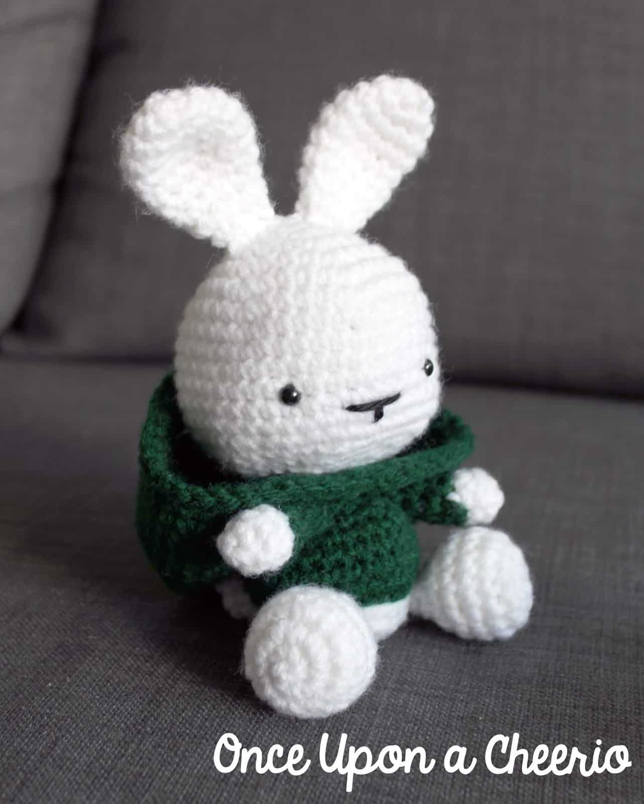 Ravelry: Pretty bunny amigurumi in dress pattern by Amigurumi Today | 1600x1282