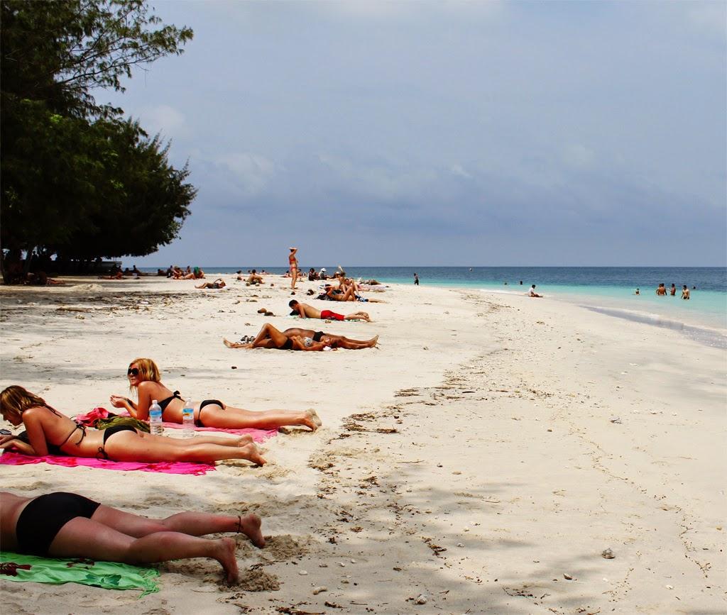 gili trawangan beach hotel