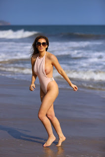 Ana-Braga-was-spotted-in-a-tiny-one-piece-swimsuit-at-the-beach-in-Malibu.-x7didpp43y.jpg