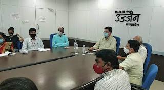"""मुख्यमंत्री श्री चौहान द्वारा वीसी के माध्यम से """"मैं कोरोना वॉलेंटियर"""" अभियान के तहत वॉलेंटियर्स से चर्चा की गई"""