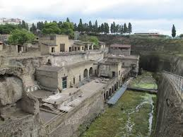 The Roman ruins at Ercolano are in many ways better preserved than at neighbouring Pompeii