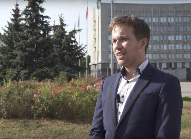 ″Йду, щоб пи***ти гроші″: в Україні знайшовся єдиний чесний кандидат