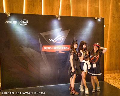 Kehadiran Brand Ambassador ASUS ROG, Menambah Kemeriahan acara ROG Master Final Indonesia 2017
