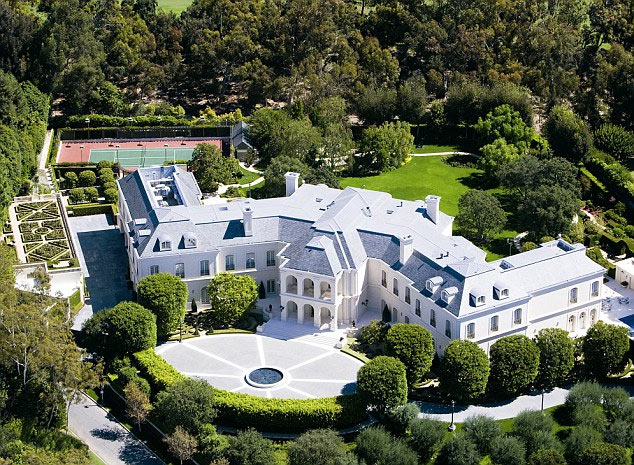 David Beckham and wife set to purchase £160 million Los Angeles mega-mansion