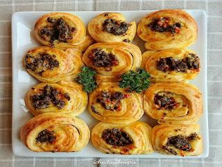https://rahasia-dapurkita.blogspot.com/2017/11/resep-cara-membuat-savour-bread-rolls.html