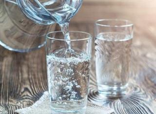 banyakin air putih