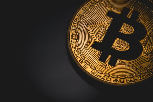 Bitcoin touches $33,000 and Shows No Signs of Slowing Down