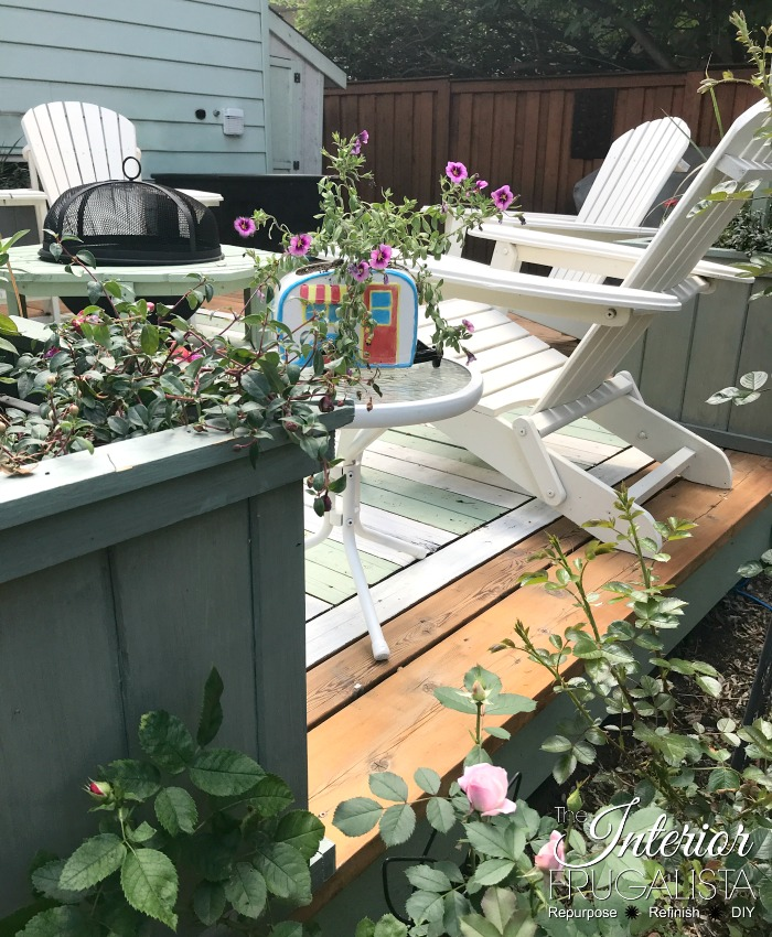 The Easy Way To Stain Outdoor Furniture Chairs