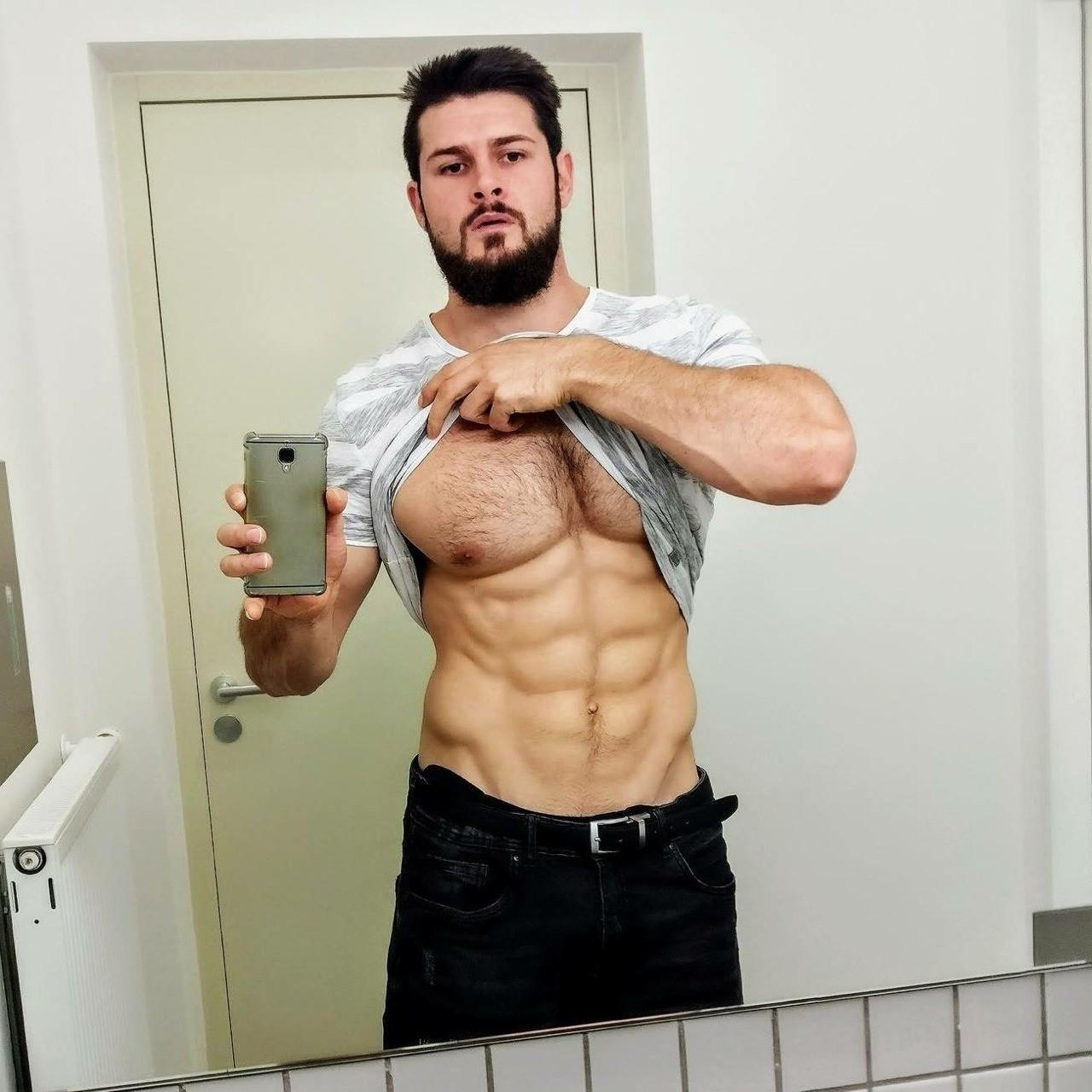 hairy-muscle-bare-chest-pecs-dark-bearded-hunk
