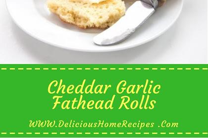 Cheddar Garlic Fathead Rolls #christmas #dinner