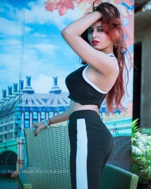 Bollywood Actress Kashish Chopra Latest Workout Photos Navel Queens