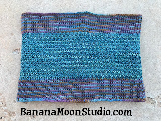 Tunisian crochet cowl, featuring Tunisian smock stitch, free crochet pattern by April Garwood of Banana Moon Studio
