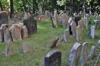 tombe-cimitero ebraico-josefov-Praga