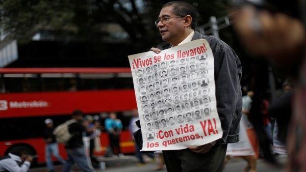 Crearán comisión de la verdad por caso Ayotzinapa en México
