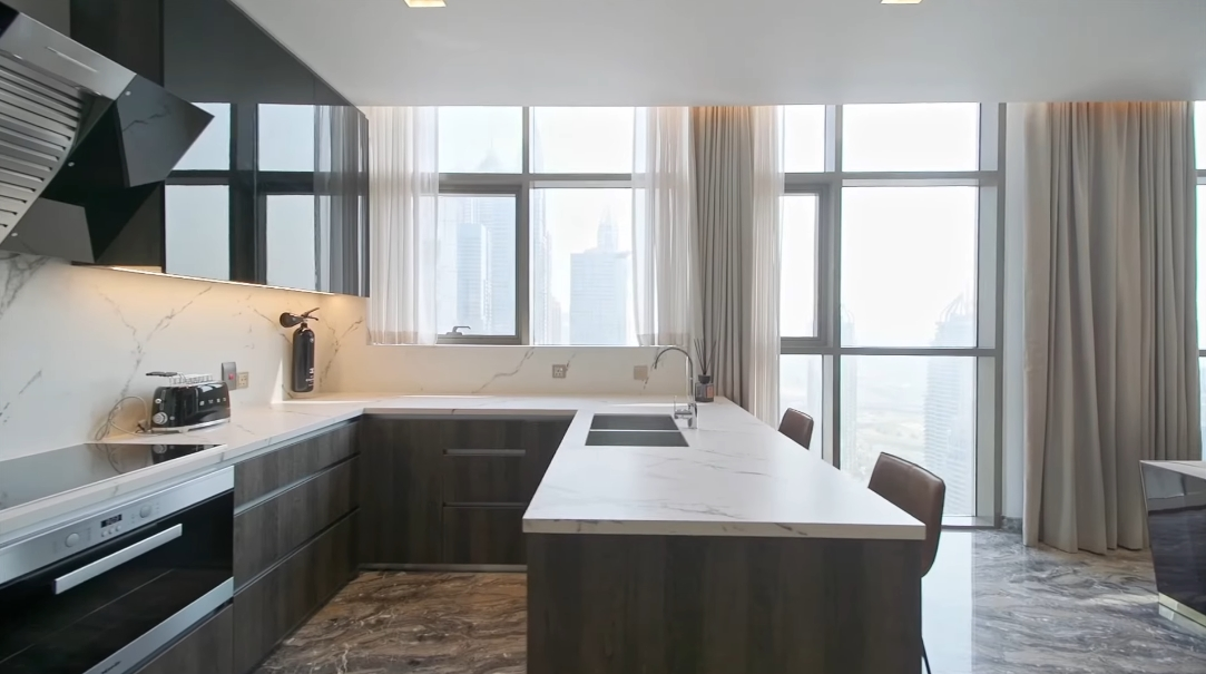 30 Interior Design Photos vs. Waterfront Tower No.9, Dubai Luxury Penthouse Tour