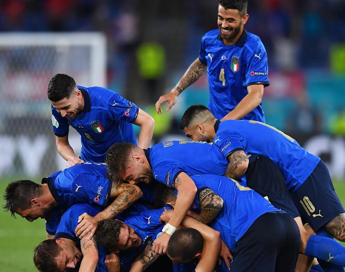 Euro '21: l'Italia spazza via la Svizzera e si qualifica agli ottavi