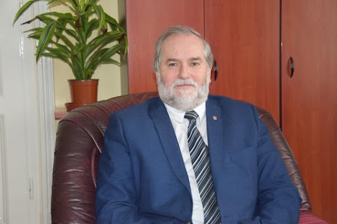 Kecze István Kisújszállás polgármestere