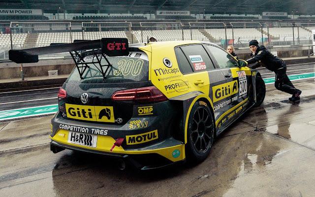 VW Golf GTI TCR 2020