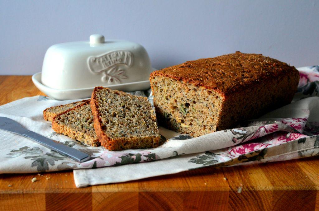 chleb-z-ziarnami Chleb pszenny z ziarnami