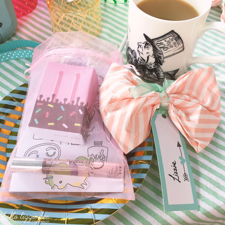 alice in wonderland, tea party
